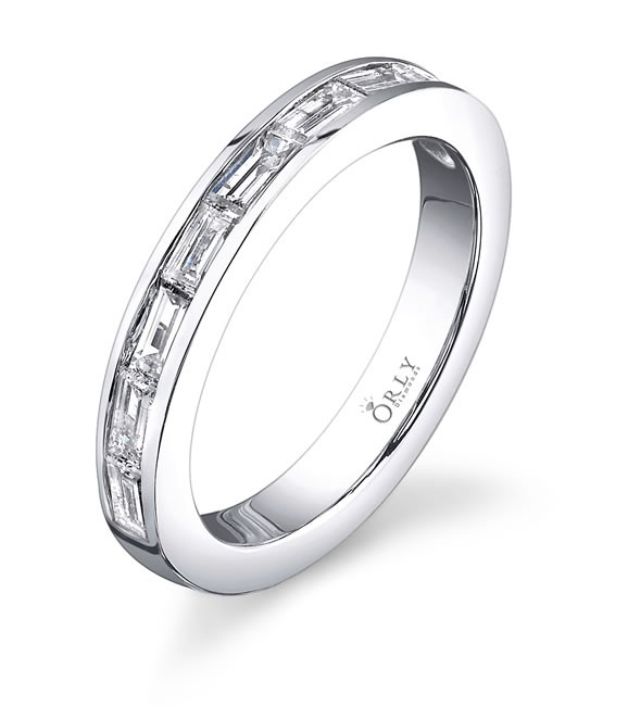 Baguette Diamonds Wedding Band